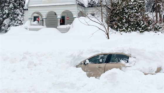 Man was trapped for 10 hours in his car after it was buried in snow.