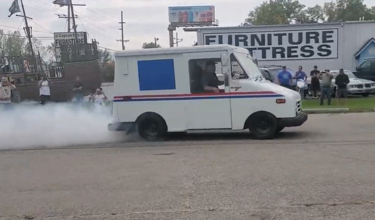 Remember the LS swapped USPS truck? Well, it's supercharged now and has 650hp.