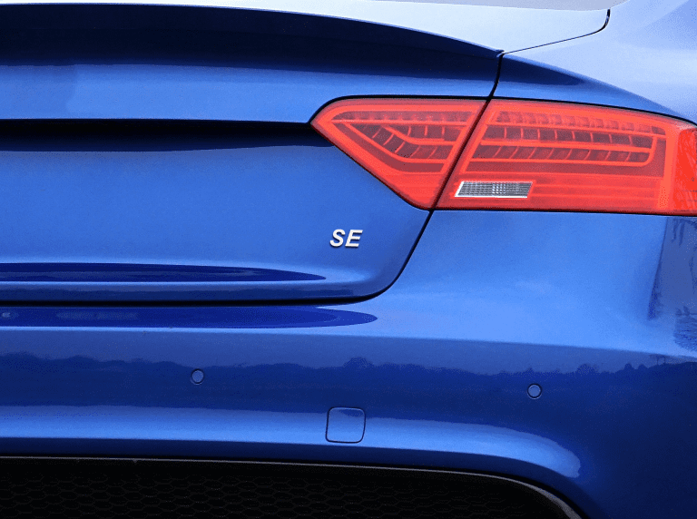 What does SE mean for a car